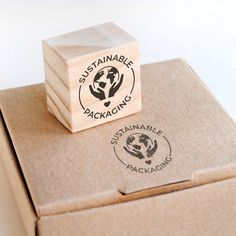 Cardboard Packaging, Recyclable Packaging, Business Stamps, Packaging Stickers, Original Gifts, Custom Stamps, Jewelry Packaging, Packaging Design, Packaging Ideas