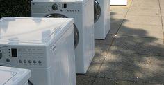 Ventajas y desventajas de las lavadoras y secadoras apilables. Si estás por adquirir una nueva lavadora y secadora, sabes que existen muchas opciones en el mercado. Una lavadora y secadora apilables pueden ser una muy buena opción si consideras cuidadosamente las ventajas y desventajas.