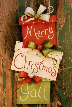 Merry Christmas !!  This is an idea that you can make out of wood and metal for the ribbon. I want this : )
