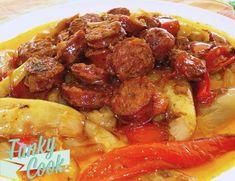 Παραδοσιακό σπετζοφάι, τρώγεται χειμώνα - καλοκαίρι! Απαραίτητη προϋπόθεση τσιπουράκι ή μπύρα παγωμένη και πολύ ψωμάκι! Greek Recipes, Main Dishes, Pork, Beef, Chicken, Cooking, Ethnic Recipes, Magic, Main Course Dishes