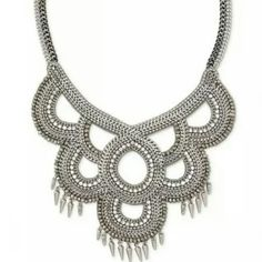 Tallulah Statement Necklace Retired sample, new condition Stella & Dot Jewelry Necklaces