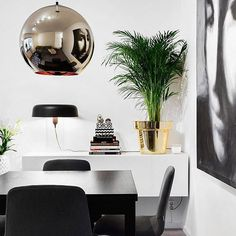 Säljer min fina lägenhet i Hammarbyhöjden #hemnet https://objekt.fastighetsbyran.se/Objekt/?source=Hemnet&ObjektId=1635831&images=1 #vardagsrum #livingroom #boconcept