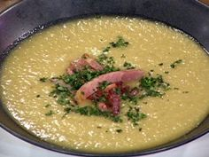 Cool 'n' Spicy Green Tomato Soup with Crab and Country Ham Recipe : Emeril Lagasse : Recipe ( This can be served warm or cold ) Pot Roast Recipes, Spicy Recipes, Soup Recipes, Ham Recipes, Creole Cooking, Cajun Cooking, Slow Cooking, Emeril Lagasse Recipes, Perfect Pot Roast