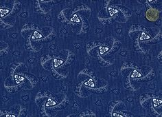 Shweshwe fabric from Da Gama Textiles swirl inspiration for quilted bedspread Fabric Design, Pattern Design, Wallpaper Ideas, Fabric Patterns, Printed Cotton, South Africa, Printing On Fabric, Embroidery Designs, Retro