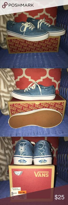 EUC Camden Stripe Vans Womens 7.5 Minimal wear...light blue with a fun floral pattern accent on the back and inside of tongue. These come with the box! Please ask any questions you may have and feel free to make a reasonable offer! Vans Shoes Sneakers