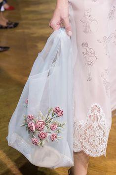 diy Fashion bags - John Galliano at Paris Fashion Week Spring 2018 Embroidery Bags, Silk Ribbon Embroidery, Diy Fashion Embroidery, Pearl Embroidery, Fashion Bags, Fashion Show, Paris Fashion, Couture Fashion, Trendy Fashion