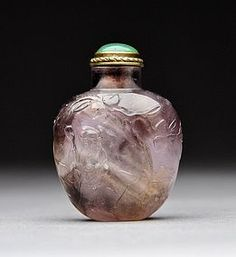 A Fine Amethyst Snuff Bottle with Shoulao