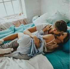 Never had jetlag? If you travel long .- Never had jetlag? If you travel long … Never had jetlag? If you travel long …, couple goals - Couple Goals Cuddling, Cute Couples Cuddling, Cute Couples Goals, Photo Couple, Love Couple, Best Couple, Hipster Vintage, Style Hipster, Relationship Goals Pictures
