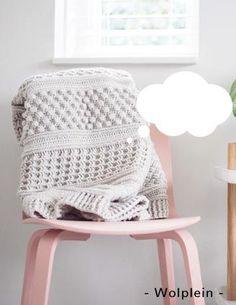 Crochet Bedspread, Baby Afghan Crochet, Manta Crochet, Crochet Stitches, Small Blankets, Knitted Blankets, Crochet Crafts, Crochet Projects, Modern Crochet Blanket