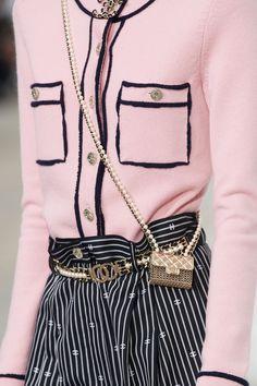 Chanel Fashion, Couture Fashion, Runway Fashion, Womens Fashion, Street Fashion, Fashion Week, Fashion Show, Fashion Outfits, Fashion Trends