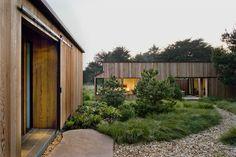 Japanese Inspired Sea Ranch Residence In California - http://www.decority.com/decor-ideas/japanese-inspired-sea-ranch-residence-in-california/