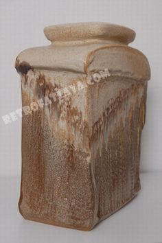 Steuler vase by Heiner Balzar  Heiner Balzar is the son of Elfriede Balzar Kopp  Height 31 cm - Depth 14 cm - Width 24 cm