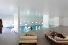 Forrado a cortiça, o Ecorkhotel ergue-se no meio da paisagem alentejana, entre sobreiros e oliveiras centenárias. Noite em suite para 2 pessoas + acesso à piscina interior, banho turco, sauna e ginásio por apenas 99€ ou 2 noites por 176€. - Descontos Lifecooler