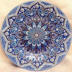 Magic Point - Точечная роспись. Идеи handmade Dot Art Painting, Mandala Painting, Mandala Dots, Mandala Design, Point Paint, Crochet Mandala Pattern, Moroccan Design, Fractal Art, Plates On Wall