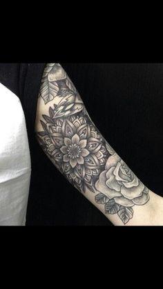 The Very Best Mandalas Mandala Tattoo Sleeve, Floral Mandala Tattoo, Arm Tattoo, Sleeve Tattoos, Mandala Rose, Creative Tattoos, Great Tattoos, Beautiful Tattoos, Body Art Tattoos