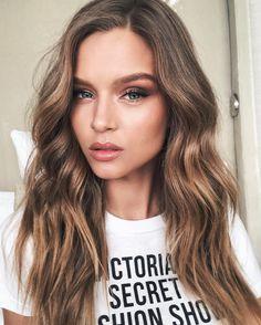 Josephine Skriver #sexy #hair #hairstyle