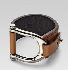 Está lindo. Gucci band bracelet.