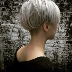 48 The Best Pixie Hairstyles Short Hair Ideas Tomboy Hairstyles, Pixie Hairstyles, Cool Hairstyles, Short Hair Cuts For Women, Short Hair Styles, Short Bob Haircuts, Great Hair, Pixies, Hair Today