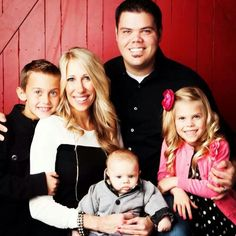 Donny's 2nd son Jeremy, wife Melisa and their children Dylan, Ryder, and Emery.