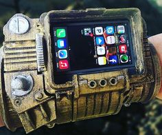 A designer sent me this photo of a 3D printed Pipboy from Fallout 4 with an iPhone attachment. This is sick! #Gosu #fallout4 #gamer #pipboy #3d #3Dprint #3Dprinter #3Dprinting by gosu3dprinting