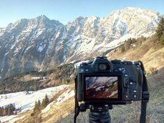 Fotíme s #fotoexpedice #Berchtesgaden. Zase od 5:30 na nohou se stativy v terénu. Azuro. #Alpy #fotokurz #fotografiezmobilu Train, Mountains, Nature, Tripod, Naturaleza, Zug, Nature Illustration, Outdoors, Strollers
