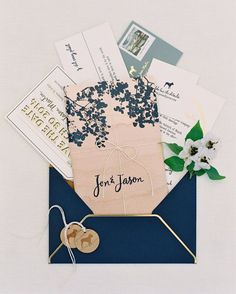 """These #rustic #weddinginvitations are styled to perfection! #invitations 