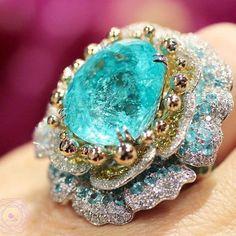 Paraiba Tourmaline Ring by @alessio_boschi_jewels ▫️  by @likeab
