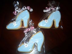 Yummy Treats By Yane: Cinderella Cake and cookies!