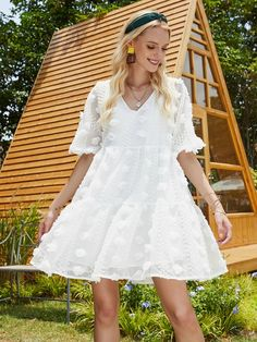 Stereo Flower Ruffle Hem Smock Dress | SHEIN EUR Smock Dress, Dress P, Smocking, Flower Girl Dresses, Women's Dresses, Fashion Pictures, White Dress, Wedding Dresses, Flowers