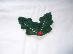 Knitted Holly Free Pattern - Lesley Arnold-Hopkins