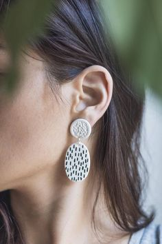 Loop Statement earrings by Malaforma