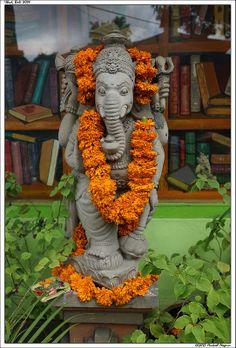 Ganesh - Ganesha Om Gam Ganapataye Namaha