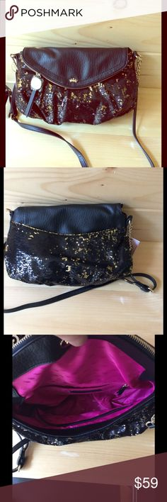 "Juicy Couture Crossbody Bag New 3.95 ship 1 hr New black & gold sequin Juicy Couture Bag. Body 14"" wide x 9 1/2 high Juicy Couture Bags Crossbody Bags"