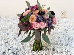 "6 aprecieri, 1 comentarii - BLOOMERIA (@bloomeria.ro) pe Instagram: ""#bloomeria #welcometotheworldofflowers #godmotherbouquet #wedding #autumn #colors"" Floral Wreath, Bouquet, Wreaths, Autumn, Colors, Wedding, Instagram, Decor, Valentines Day Weddings"