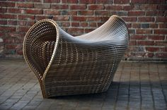Pinch- a bent-wood piece by Matthias Pliessnig Funky Chairs, Cool Chairs, Outdoor Chairs, Outdoor Furniture, Outdoor Decor, Oak Bench, Bent Wood, Take A Seat, Wood Pieces