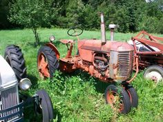 Uriah Wallace Auction Service is a Vermont based antique and real estate auction business, specializing in on site estate sales. Real Estate Auction, Case Tractors, Uriah, Old Farm Equipment, Vintage Tractors, Antiques, Photos, Antiquities, Antique