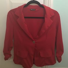 RED BLAZER WET SEAL BRAND NEW, NEVER WORN. RED BLAZER FROM WET SEAL. BUTTON CLOSURE ON FRONT & SLEEVES HAVE SCRUNCHED MATERIAL. VERY CUTE! SIZE LARGE. Wet Seal Jackets & Coats Blazers