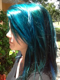 Pravana Vivids Teal Blue Hair