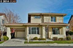 5623 APPLEGATE WAY, DUBLIN, CA 94568 4BR 2 ½ Bth, $60k in recent upgrades, Light, bright Gourmet Kit, Slab Granite, SS appliances. New carpet, New Designer paint, Gleaming hardwood flrs. Prof landscaped back yard with spa. DUBLIN RANCH BEAUTY! - Represented Buyer!