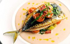 Nathan Outlaw shares his tremendous mackerel salad recipe which is served with samphire and tomatoes. This mackerel salad recipe is perfect for an alfresco meal Chef Recipes, Fish Recipes, Seafood Recipes, Salad Recipes, Cooking Recipes, Healthy Recipes, Hake Recipes, Mackerel Salad, Recipes