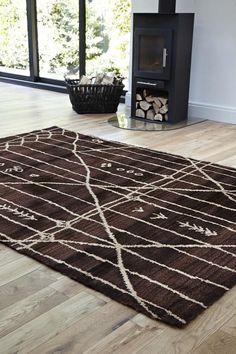 Moroccan Tribal Design Rug Chocolate Trendy Colors, Vivid Colors, Aztec Rug, Modern Rugs, Outdoor Rugs, Moroccan, Room Decor, Design Inspiration, Kids Rugs