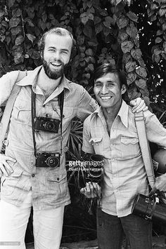 UPI photojournalists David Hume Kennerly (L) and Willie Vicoy in Saigon ca1975