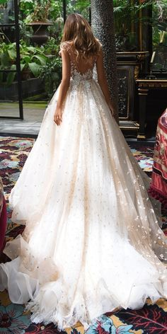 White wedding dress. All brides dream about finding the most appropriate wedding ceremony, but for this they need the most perfect wedding outfit, with the bridesmaid's outfits complimenting the brides dress. These are a few suggestions on wedding dresses.