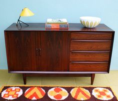 My new found love for vintage credenza's! I want one so bad in my room.