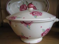 Scattered Rose Tureen (Sample)