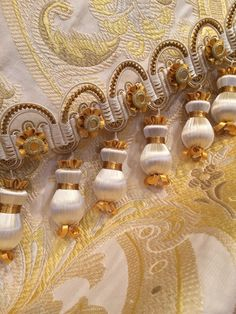 Fleur Jasmin Drop Fringe    - Picture Colors:   Yellow, Gold, White