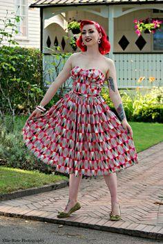 Teresa - Vintage 1950s inspired pink harlequin print VERY full skirt