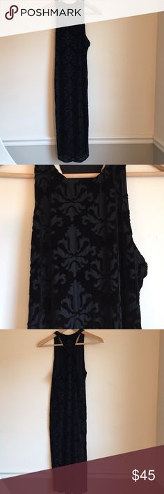 NWOT Urban Outfitters burnout velvet bodycon midi NWOT Urban Outfitters burnout velvet bodycon midi dress. This is lined in mesh so it really holds you in! Racerback detail is really flattering. Urban Outfitters Dresses Midi