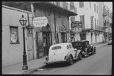 New Orleans: Old Absinthe House + Jax Beer signage