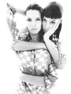 Richard Avedon photographing Christy Turlington and Stephanie Seymour for Versace. Obviously, I'm obsessed.